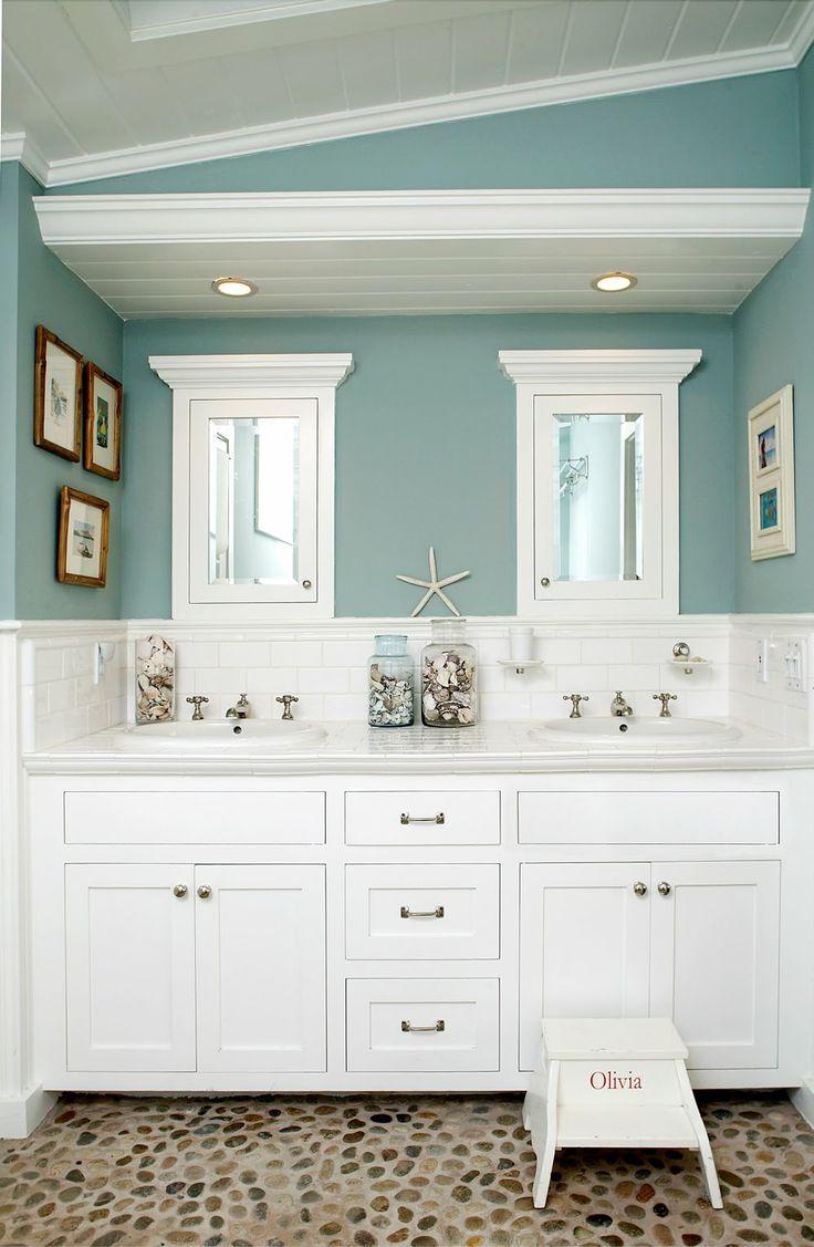 Beachy Bathroom 3