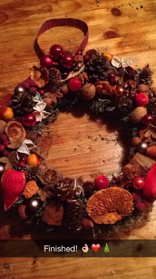 Kerstkrans klaar